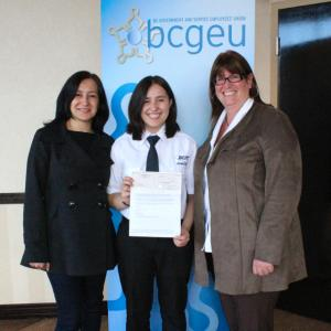 photo of BCGEU President Stephanie Smith with Victoria Vargas and her mother
